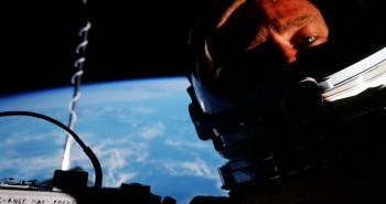 Selfie Buzz Aldrin 66