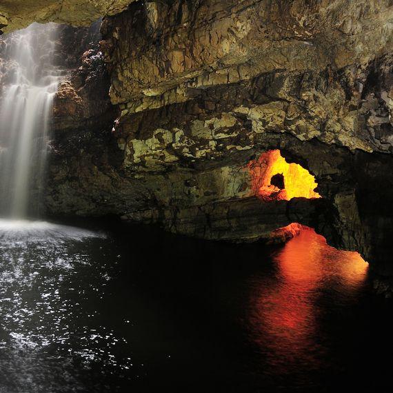 Smoo Cave i Durness, Sutherland, SCOTLAND