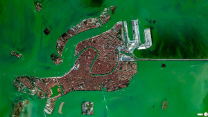 45°26′15″N 12°20′9″E: Venice, Italia